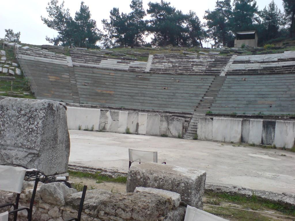 Тасос. Лименас. Античен театър
