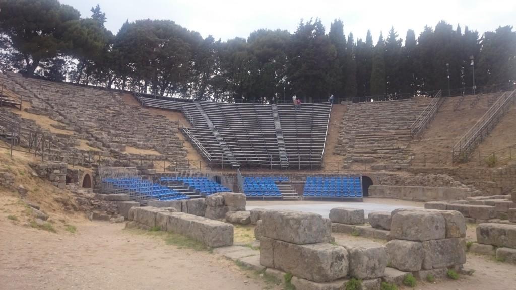 Тиндари. Античен театър